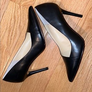 Brand new Vince Camuto leather pumps